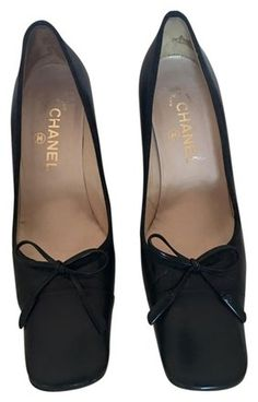 1c0a5f764e22 Black Vintage Classic Leather with Bow At Vamp Pumps. Tradesy. Chanel  HeelsChanel ...