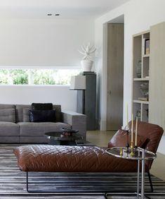 leren bank Interieur design by nicole & fleur  Oh yeah Martha, drop dead gorgeous !