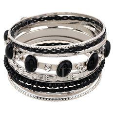 Rhinestone Faux Gem Multilayered Bracelet (€27) ❤ liked on Polyvore featuring jewelry, bracelets, zaful, layered jewelry, imitation jewellery, artificial jewelry, rhinestone jewelry and artificial jewellery