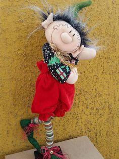 elcy valdes's media statistics and analytics Easy Christmas Crafts, Diy Christmas Ornaments, Christmas Elf, Simple Christmas, Easter Crafts, Christmas Wreaths, Globe Ornament, Elves And Fairies, Handmade Design