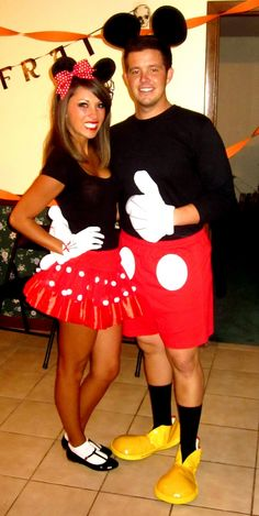 Couples costume for Halloween! Minnie + Mickey! too cute <3  (now only if i could convince the BF lol)