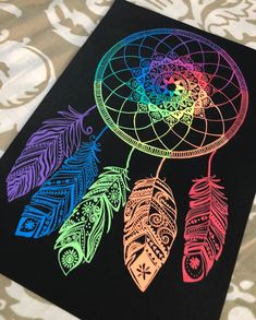 Aren't dream catchers just amazing? A simple hoop that defines the circle of life, gets you good dreams and looks just beautiful😍. That is the next prompt from the - A Dream Catcher. Seeing those beautiful ones all over the internet, I alw Dream Catcher Sketch, Dream Catcher Painting, Dream Catcher Mandala, Dream Catcher Art, Drawings Of Dream Catchers, Black Paper Drawing, Doodle Art Drawing, Mandala Drawing, Mandala Painting