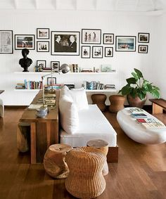... Dreaming of neutral color schemes with a pop of color, layers of textures...From The Transatlantic blog.
