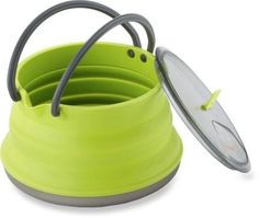 Great gift for an outdoor chef! This X-Pot / Kettle is large enough to boil water for 2 freeze-dried meals. It can also be used as the perfect pasta pot with an opening that's wide enough for stirring your noodles.