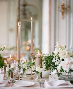 elegant neutral wedding table decoration ideas with taper candles Wedding Reception Tables, Wedding Table Centerpieces, Wedding Table Settings, Wedding Decorations, Centerpiece Ideas, Setting Table, Centerpiece Flowers, Gold Decorations, Floral Centrepieces