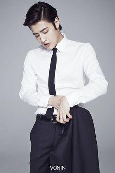 Kang Ha Neul | 강하늘 | D.O.B 21/2/1990 (Pisces) Korean Star, Korean Men, Korean Girl, Drama Korea, Korean Drama, Asian Actors, Korean Actors, Scarlet Heart Ryeo Wallpaper, Kang Haneul