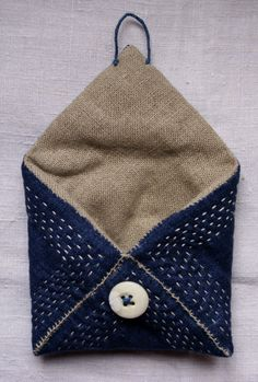 treasury / pouch/purse/wallet in blue linen and by lesamovar