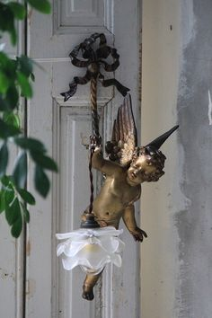 cherub rose lamp