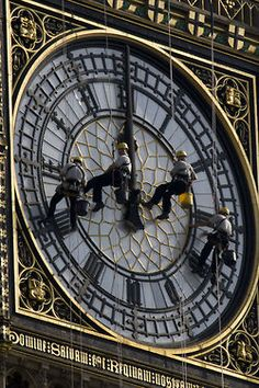 Cleaning Big Ben. What a fantastic photograph!!!!!!!!