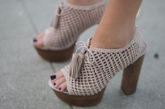 How CUTE are these shoes?!!! LOVE!! #cupcakesandcashmere