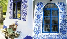 90-Year-Old Czech Grandma Turns Small Village Into Her Art Gallery By Hand-Painting Flowers On Its Houses