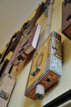 CIGAR BOX GUITAR Stopping By The Woods