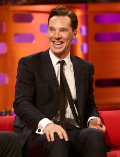 THAT LAUGH!!!!!!!!!!!! ARGH SOMEONE MARRY THIS MAN! (cause it will sadly not be me :'( but SOMEONE needs to!)