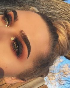 Eye Makeup Tips.Smokey Eye Makeup Tips - For a Catchy and Impressive Look Makeup On Fleek, Kiss Makeup, Cute Makeup, Gorgeous Makeup, Pretty Makeup, Awesome Makeup, Fall Makeup Looks, Fall Eyeshadow Looks, Sleek Makeup