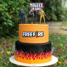 Beautiful Birthday Cakes, Cool Birthday Cakes, Fire Cake, Sweet 16 Party Decorations, Battle Royale, Paper Cake, Cake Decorating Techniques, Drip Cakes, Cake Designs