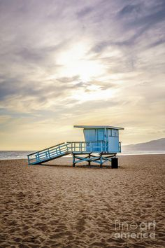 Zuma Beach lifeguard tower in Malibu California during sunset with dramatic sky and clouds Types Of Photography, Candid Photography, Aerial Photography, Wildlife Photography, Street Photography, Landscape Photography, Malibu Sunset, Malibu Beaches, Malibu California
