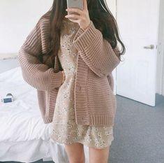 Korean Girl Fashion, Korean Fashion Trends, Ulzzang Fashion, Japanese Fashion, Cute Fashion, Fashion Outfits, Fashion Hacks, Classy Fashion, Modest Fashion