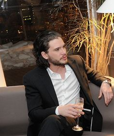 Kit Harington Kit Harrington, Stark Brothers, Most Beautiful Man, Beautiful People, Slytherin, Jon Snow, Veronica, Game Of Throne Actors, King In The North