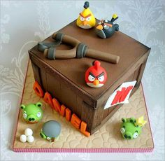 Angry Birds birthday cake I need to make this for my 4 year old son's Birthday. He Loves Angry Birds Angry Birds Party, Torta Angry Birds, Cumpleaños Angry Birds, Angry Birds Birthday Cake, Bird Birthday Parties, Boy Birthday, Birthday Cakes, Bird Party, Fancy Cakes
