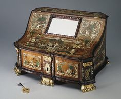 1840-е - 1860-  Ornate  Dressing Box or Sewing box  No other info in English  possibly made in Russia
