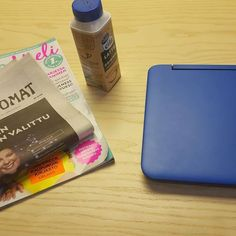 Hyvä päivä. Jaksaa..jaksaa #urbanoffice #kirjastossa #opinnot #opinnäytetyö #vahvakatsetulevaisuuteen