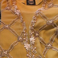 These pearl details are everything ❤️ Embroidery Suits Punjabi, Zardosi Embroidery, Pearl Embroidery, Hand Embroidery Dress, Embroidery Suits Design, Bead Embroidery Patterns, Embroidery On Clothes, Embroidery Works, Couture Embroidery