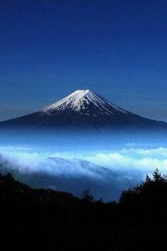 Mt. Fuji by Manueeltje