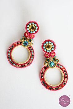 Soutache jewelry, soutache earrings, circle earrings, crystal earrings, handmade in Italy, coral earrings. https://www.etsy.com/it/shop/Rejesoutache?ref=hdr_shop_menu FACEBOOK: https://www.facebook.com/rejegioielliinsoutache/