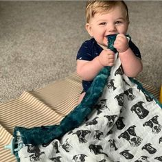 Baby Swaddle Blankets, Personalized Baby, Burp Cloths, Baby Items, Baby Car Seats, Dog Lovers, Organic, Photo And Video, Children