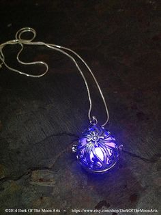 Steampunk Silver Teardrop Glow In The Dark Pendant With Your Choice Colour LED…