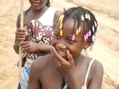 ANGOLA GIRL ALWAYS BIG SMILES