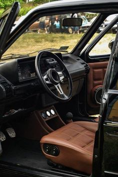 mk1 interior #jettaaccessories Golf Mk3, Golf 1 Cabrio, Vw Golf Cabrio, Volkswagen Golf Mk1, Vw Mk1 Rabbit, Vw Caddy Mk1, Jetta Mk1, Vw Cabriolet, Carros Bmw