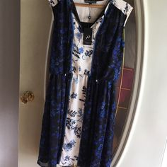 Adrianna Papell dress SUNDAY SALE NWT Floral chiffon sleeveless, entirely lined, yet lightweight and cool. Elastic gathered waist.  Never fit it right, perfect shape. Adrianna Papell Dresses Midi