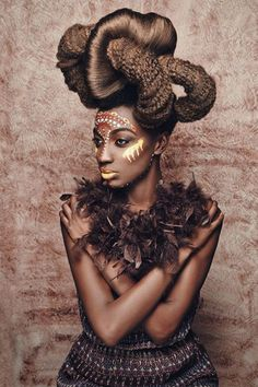 Afro Supreme -pin it from carden hairstyle Style African Hairstyles, Bun Hairstyles, Trendy Hairstyles, Gorgeous Hairstyles, African Makeup, African Beauty, African Fashion, Tribal Fashion, Afro Punk