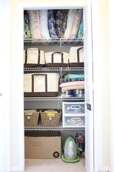 Put blankets in bags on top shelf. Linen closet organization plus Lands' End canvas storage totes giveaway! Linen Closet Organization, Clutter Organization, Home Organisation, Closet Storage, Bathroom Organization, Organizing, Closet Land, Closet Space, Neat And Tidy