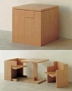 Mesa con sillas encajables