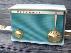 Motorola Tube Radio Vintage Model A16G 49 WORKS!