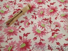 Vintage 30-50s Pink Daisies Packed Floral Feedsack Flour Sack Quilt Fabric