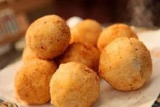 How to make these appetizing potato balls Minced Beef Recipes, Mince Recipes, Cuban Recipes, Indian Food Recipes, Vegetarian Recipes, Cooking Recipes, Potato Balls Recipe, Sweet Dumplings, Cuban Cuisine