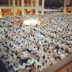 Diner en Blanc at Lincoln Center!