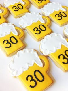 Bake some beer jug themed cookies to celebrate for your #GBBO party