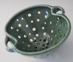 pottery colander Oooo! i think the berrie bowl has been changed next time!