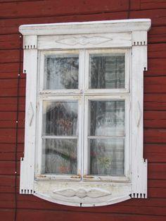 Korvenkylä, Etelä-Karjala, Suomi Birches, Swedish Style, Window Ideas, Love Home, House Exteriors, Seas, Finland, Gates, Buildings