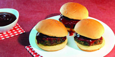 Meatloaf Sliders With Coca-Cola® Ketchup Glaze Juicy Meatloaf Recipe, Best Meatloaf, Easy July 4th Recipes, Easy Recipes For Beginners, Entree Recipes, Beef Recipes, Cooking Recipes, Appetizer Sandwiches, Wrap Sandwiches