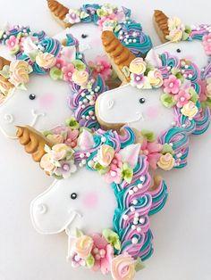 12 Unicorn Sugar Cookies