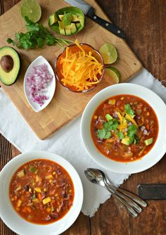 Taco Soup recipe with lean ground beef and lots of veggies! mountainmamacooks.com #TacoTuesday #mountainmamacooks