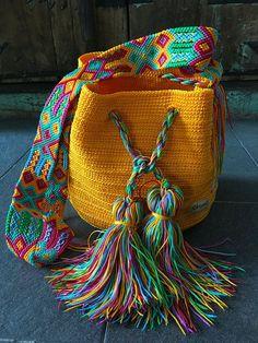 Marvelous Crochet A Shell Stitch Purse Bag Ideas. Wonderful Crochet A Shell Stitch Purse Bag Ideas. Love Crochet, Crochet Hooks, Knit Crochet, Crochet Handbags, Crochet Purses, Crochet Bags, Purse Patterns, Crochet Patterns, Sacs Design