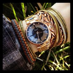 LOVE this watch and bracelet combo...too bad I don't wear much gold.