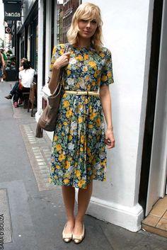 Elle UK, floral short sleeve dress