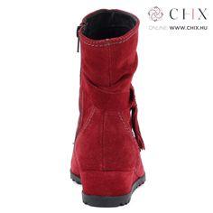 f913be3d10c3 Piros bélelt Tamaris bokacsizma bőrből. Recés gumi talppal és 3,5 cm magas  sarokkal